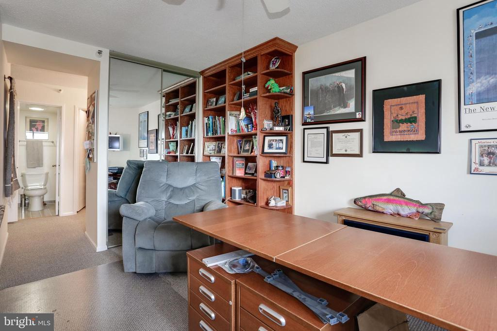 Office or Second Master Bedroom - 1600 N OAK ST #1419, ARLINGTON