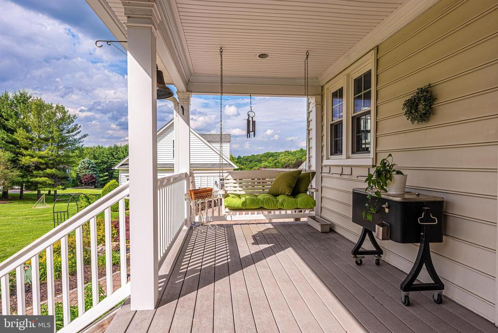 Covered Rear Porch - 3842 MOUNT AIRY DR, MOUNT AIRY