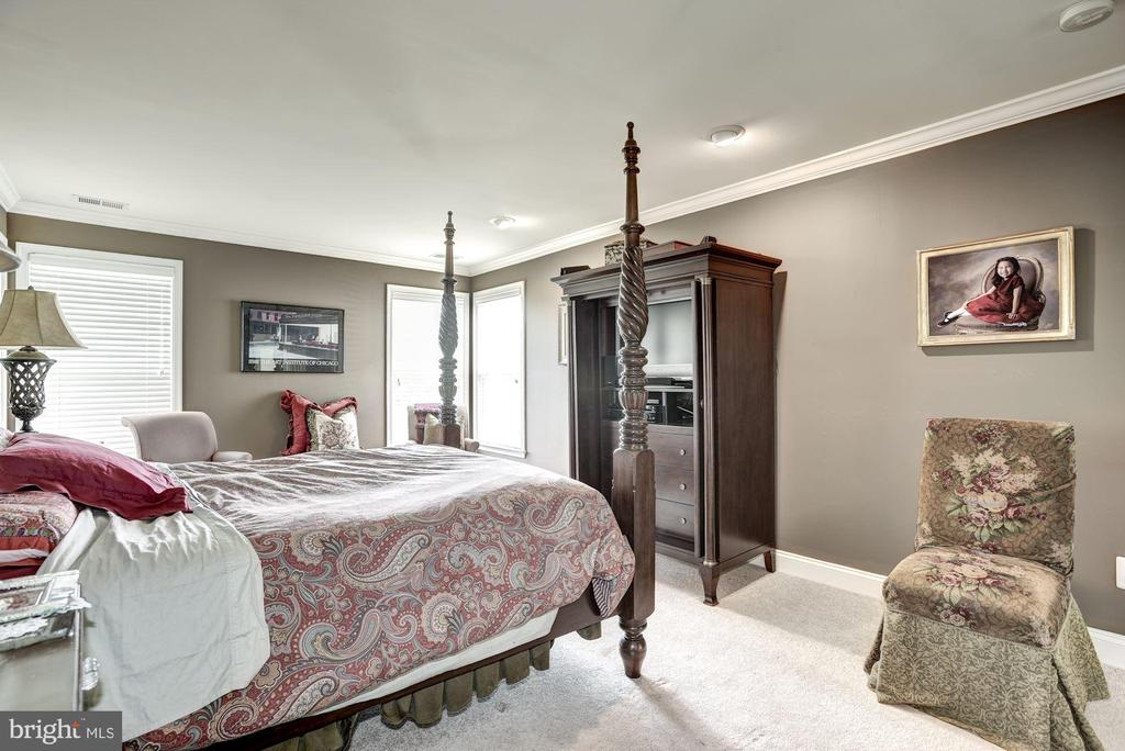 Owner's Suite - 20077 INVERNESS SQ, ASHBURN