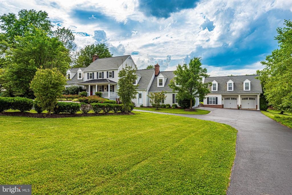 Picturesque Setting on a Stunning Evening - 3842 MOUNT AIRY DR, MOUNT AIRY