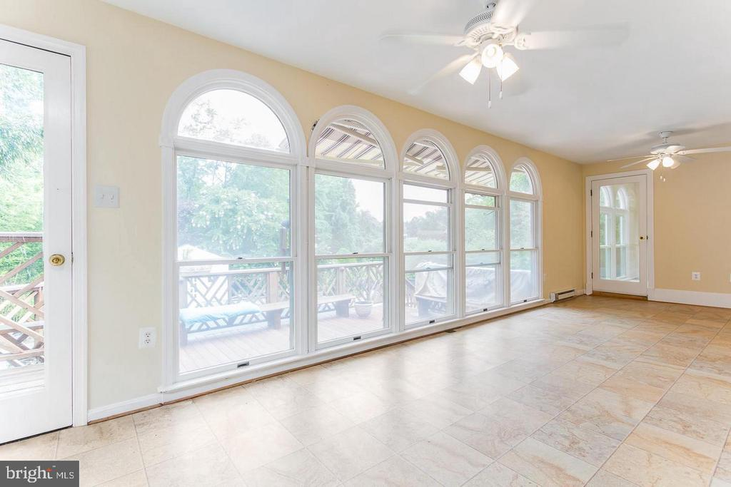 Sun Room - 11400 QUAILWOOD MANOR DR, FAIRFAX STATION