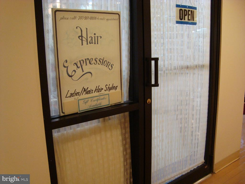 Hair salon (new one will include manicures) - 5904 MOUNT EAGLE DR #309, ALEXANDRIA