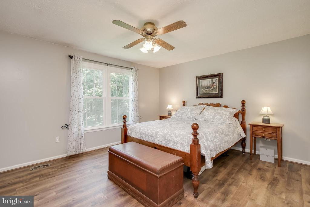 Master bedroom has mountain views - 8705-B N PACIFIC CT, MIDDLETOWN