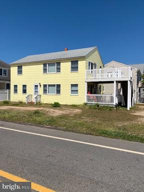 8302 BEACH AVENUE - LONG BEACH TOWNSHIP