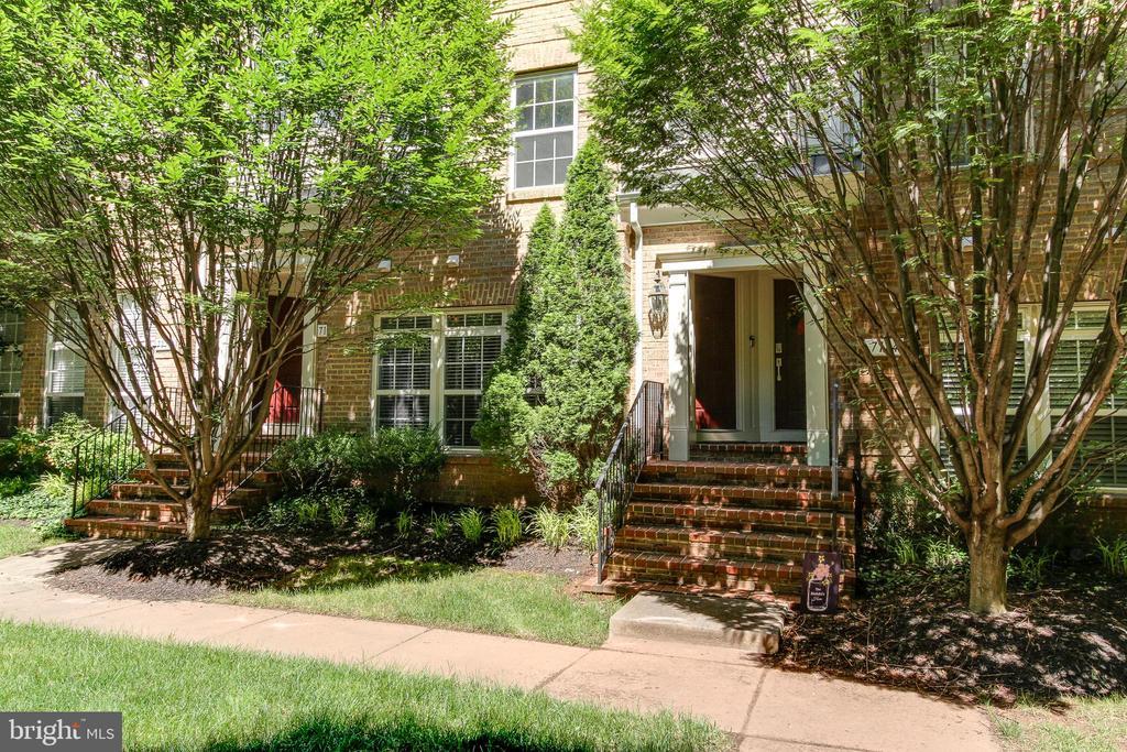 Entrance - 7166 LITTLE THAMES DR #181, GAINESVILLE