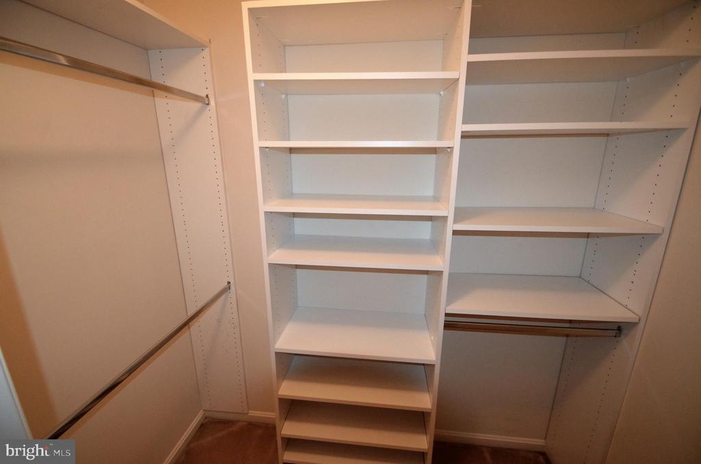 Walk in closet for bedroom - 506 LAWSON WAY, ROCKVILLE