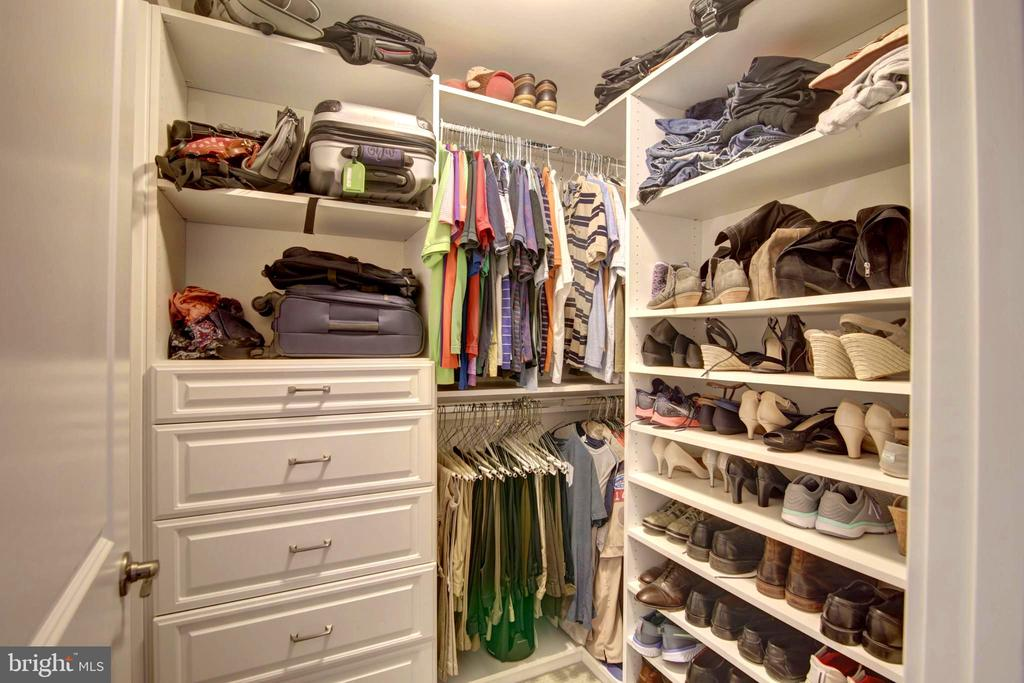 Closet Build in. His and Hers Separate closets - 43388 WHITEHEAD TER, ASHBURN