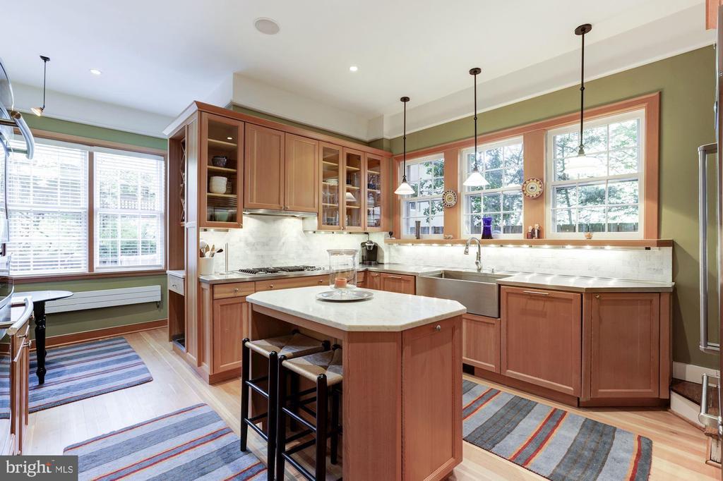 Kitchen - 1840 WYOMING AVE NW, WASHINGTON
