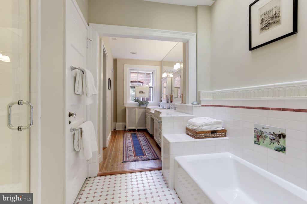 Master Bath - 1840 WYOMING AVE NW, WASHINGTON