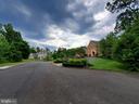 Pass multi-million $ properties to cul de sac lot - 10535 VALE RD, OAKTON