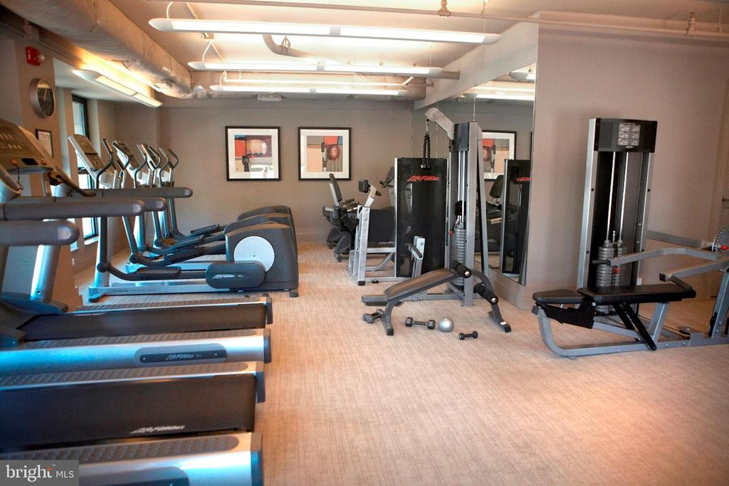 Building Fitness Center East - 777 7TH ST NW #632, WASHINGTON