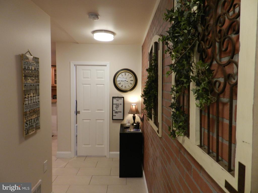 Apartment Hallway - 41 NEW YORK AVE NW, WASHINGTON