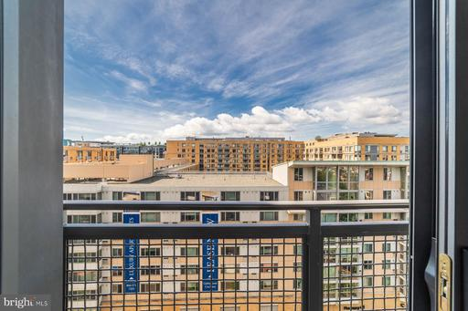460 NEW YORK AVE NW #905