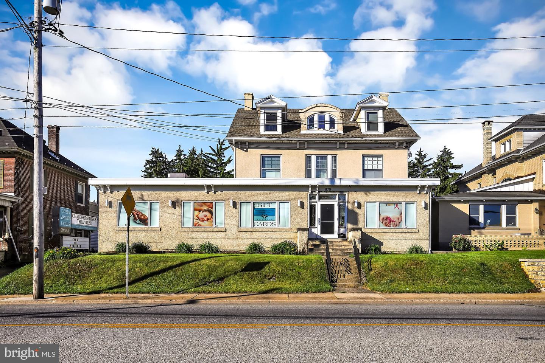 Single Family Homes 为 销售 在 Chambersburg, 宾夕法尼亚州 17201 美国