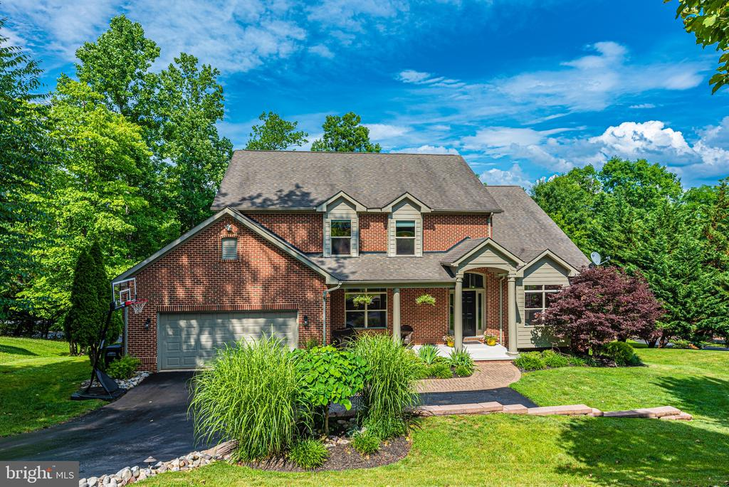 A gorgeous custom home - 6799 ACCIPITER DR, NEW MARKET