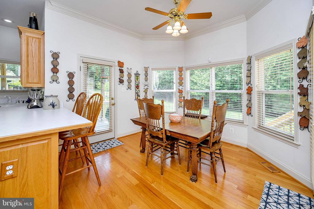 Breakfast Room with  Lots of Light - 86 SAINT MARYS LN, STAFFORD
