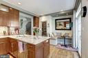 Bright professional kitchen with custom woodwork - 1330 N ADAMS CT, ARLINGTON