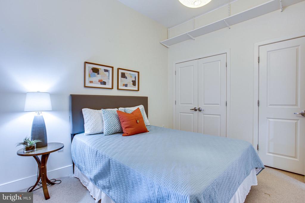 Spacious room - 4101 ALBEMARLE ST NW #618, WASHINGTON