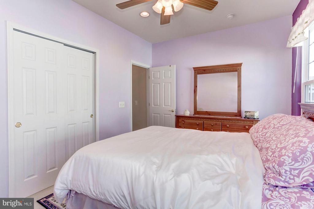 Bedroom 2 - 3854 CHAMPION OAK DR, DUMFRIES
