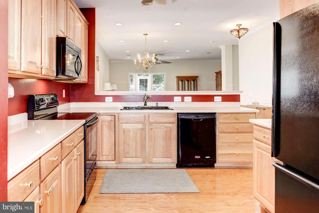 Open Kitchen - 3854 CHAMPION OAK DR, DUMFRIES