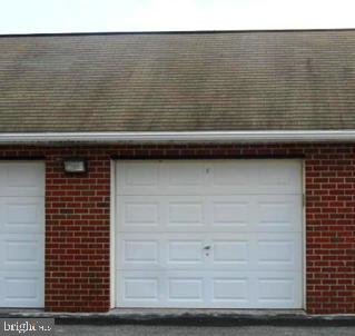 Your own garage space. - 117 EASY ST #31, THURMONT