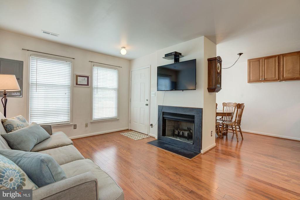 Open Floor Plan - 6010 CHESTNUT HOLLOW CT, CENTREVILLE