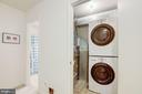 Laundry room with full size staking w/d - 6010 CHESTNUT HOLLOW CT, CENTREVILLE