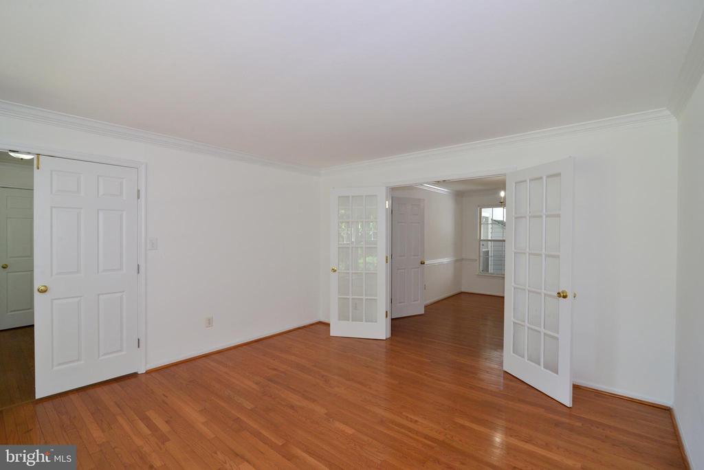 Living room - 9306 KEVIN CT, MANASSAS PARK