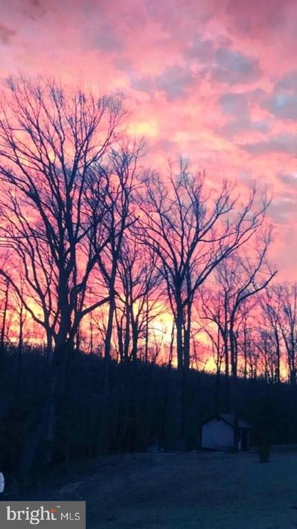 Gorgeous Sunset - 4950 CAMP GEARY LN, STAFFORD