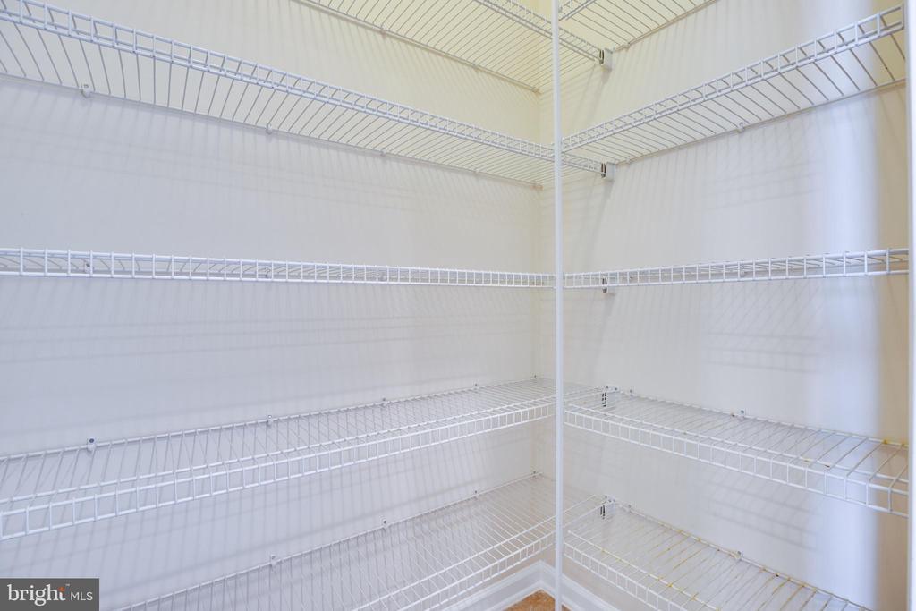 Pantry has Many Shelves - 22755 SETTLERS TRAIL TER, BRAMBLETON