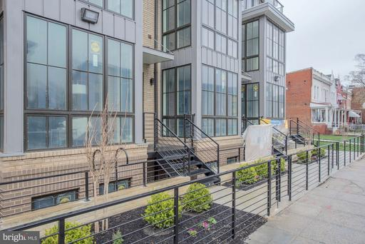 625 PARK RD NW #206