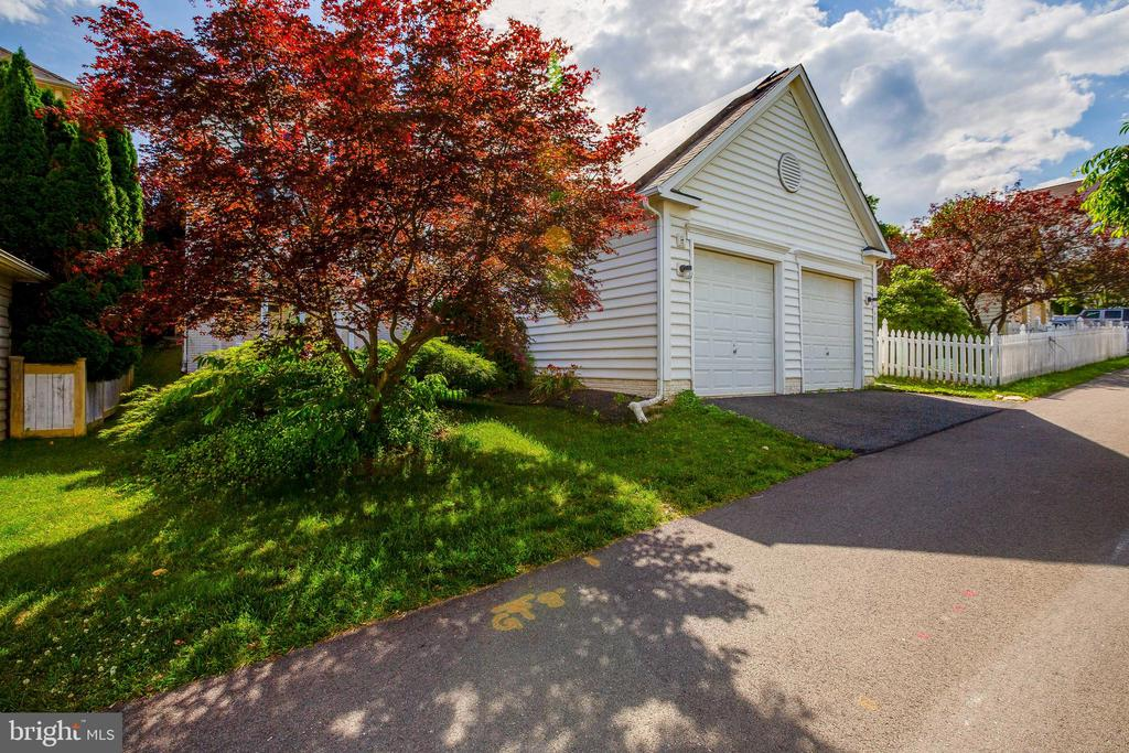 Detached Garage - 618 LINSLADE ST, GAITHERSBURG