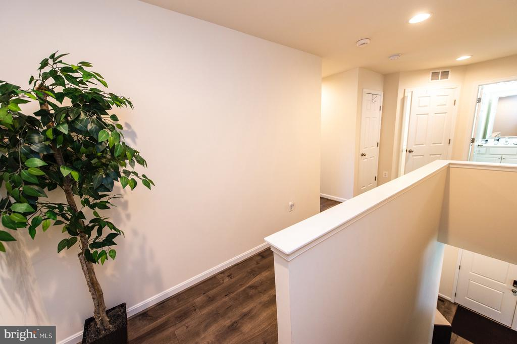 Upper Level Hallway with LTV Flooring - 4 WELLSPRING DR, FREDERICKSBURG
