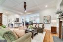 Bright and light-filled living spaces - 8720 PLYMOUTH RD, ALEXANDRIA