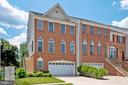 - 42919 SHELBOURNE SQ, CHANTILLY