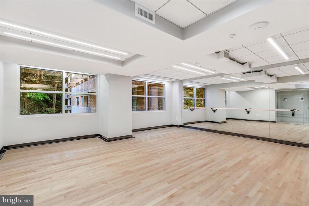 Exercise Room - 4100 CATHEDRAL AVE NW #810, WASHINGTON