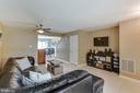 - 42827 PILGRIM SQ, CHANTILLY