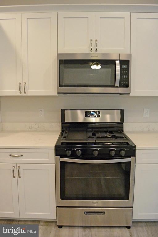 Upgraded appliances - 111 APPLEVIEW CT, LOCUST GROVE