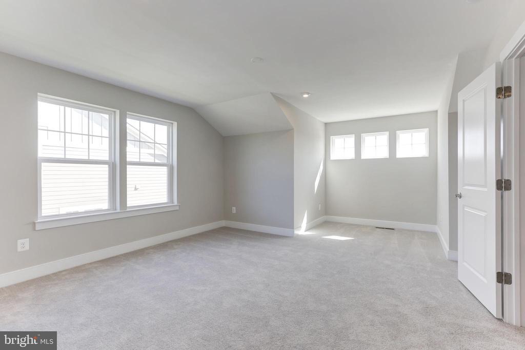 Bedroom - 123 WHITE ELM, ALDIE