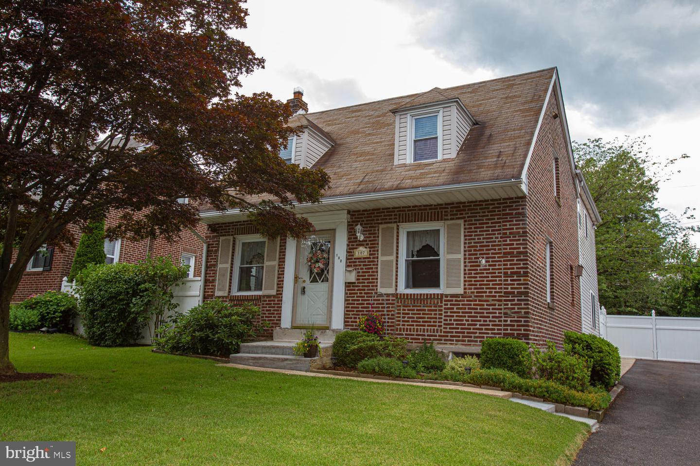 Single Family Homes per Vendita alle ore Folsom, Pensilvania 19033 Stati Uniti
