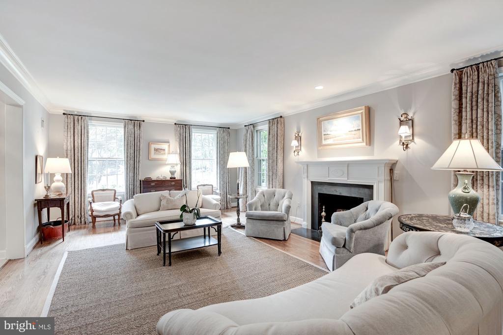 Living Room - 5212 UPTON TER NW, WASHINGTON