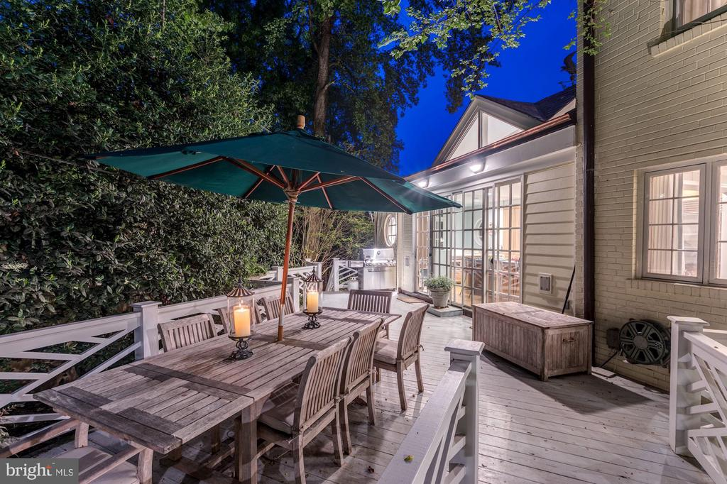 Elegant Outdoor Dining on the Terrace - 5212 UPTON TER NW, WASHINGTON