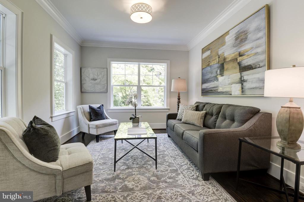 Formal living room/parlor - 8609 SEVEN LOCKS RD, BETHESDA