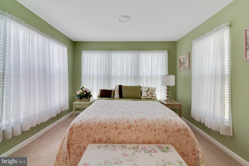 Master bedroom - 100 MACON DR, STAFFORD