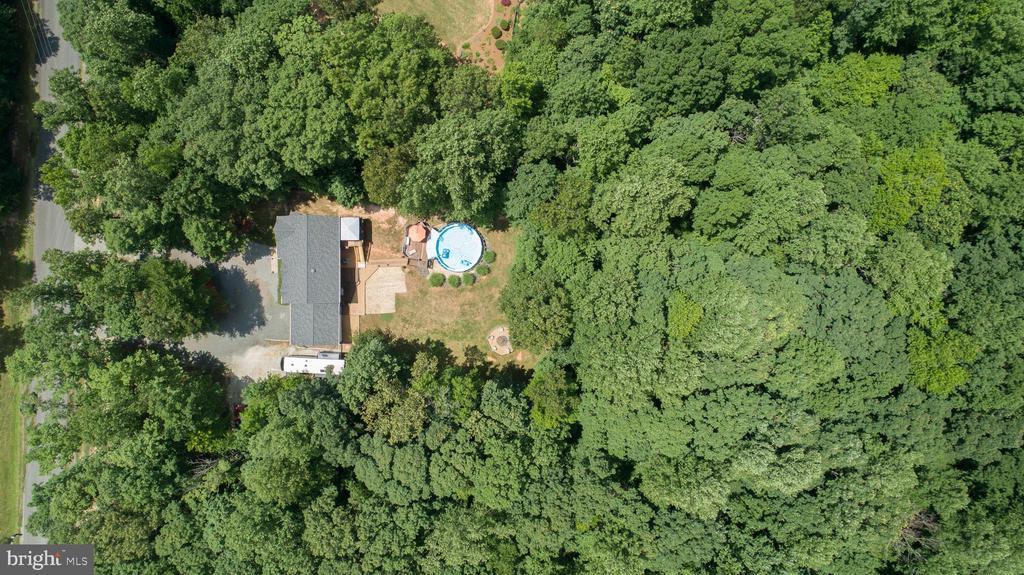 Aerial w/great 6+ acres - 120 CASCADE LN, FREDERICKSBURG