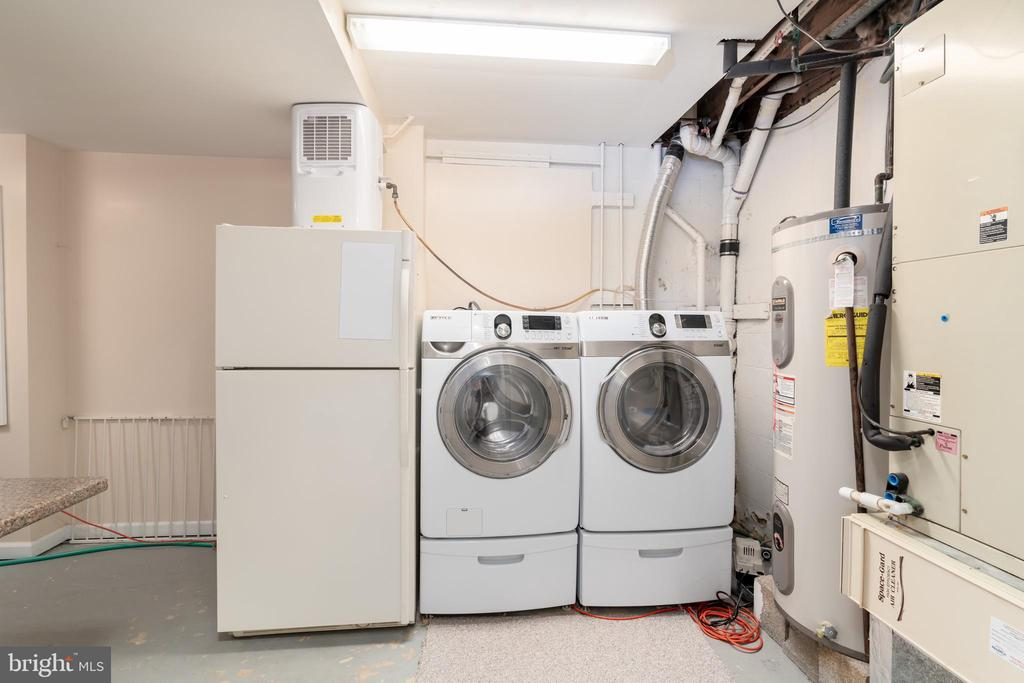 Laundry and mechanical room on lower level - 9815 CAMPBELL DR, KENSINGTON