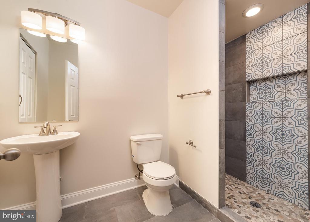 Full basement bathroom - 10968 EIGHT BELLS LN, COLUMBIA