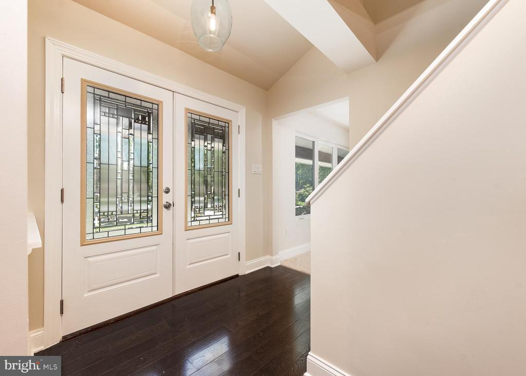 Front entrance and peak into office - 10968 EIGHT BELLS LN, COLUMBIA
