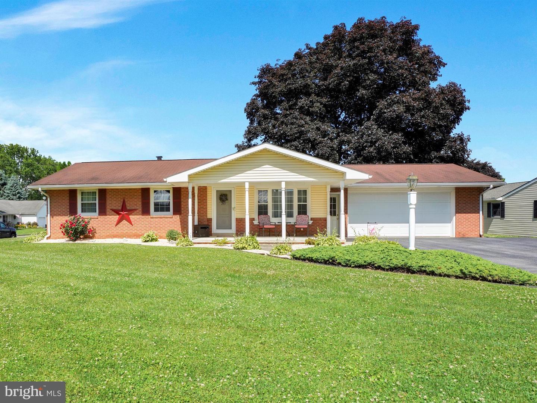 Single Family Homes para Venda às Bainbridge, Pensilvânia 17502 Estados Unidos