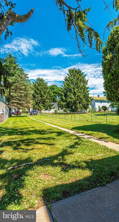 Fenced Backyard - 10 N MAIN ST, WOODSBORO